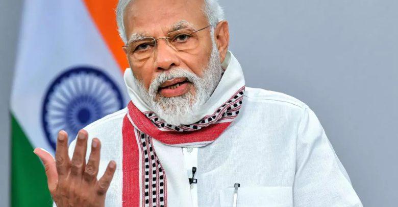 Lutte contre la Covid-19 : le Premier ministre indien propose le yoga comme solution